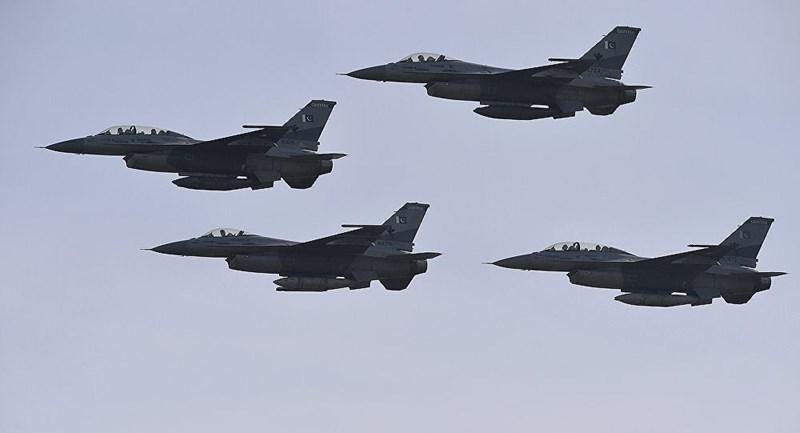 Thậm chí tại vị trí xác chiếc MiG-21 Bison bị rơi, binh lính Pakistan đã tìm được đầy đủ 4 quả tên lửa không đối không, điều này nghĩa là chiếc tiêm kích bị hạ khi chưa kịp bắn quả đạn nào.