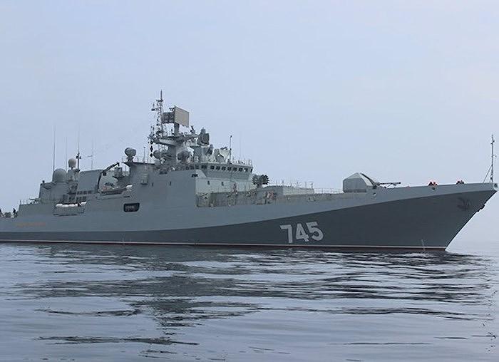 Bên cạnh đó là các tàu hộ vệ Dự án 20385 chẳng thể hoàn thành vì Đức ngừng xuất khẩu động cơ diesel MTU, buộc Nga phải quay lại đống Dự án 20381.