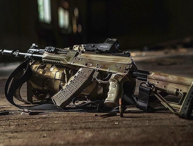 Kalashnikov khẳng định Bộ Quốc phòng Nga là khách hàng duy nhất đặt mua AK-12 để thay thế AK-74M.
