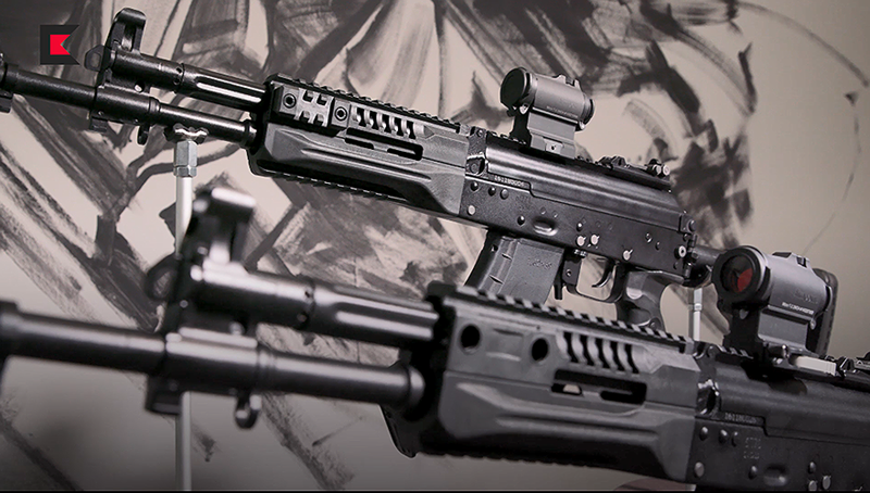 """""""Bộ Quốc phòng Nga đã lựa chọn mẫu AK-12 và AK-15. Hai loại súng này sẽ trở thành vũ khí tiêu chuẩn cho binh sĩ lục quân, đổ bộ đường không và hải quân đánh bộ Nga""""."""