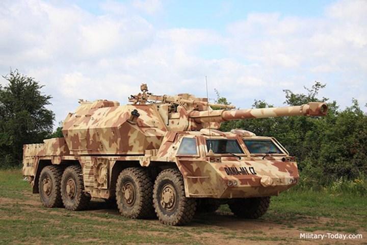 DANA-M1 CZ có hệ thống điều khiển hỏa lực tiên tiến, hiệu suất cao, cho phép tăng cường khả năng chiến đấu hiệu quả. Ảnh: Military-Today.