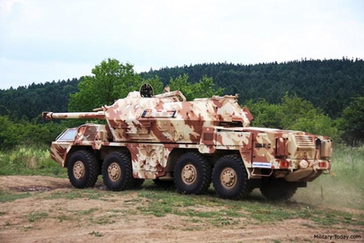 Vũ khí chính của DANA-M1 CZ là pháo cỡ 152,4 mm. Ảnh: Military-Today.