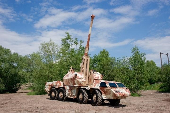 Hệ thống tay lái cũng đã được cải tiến. Động cơ T3-930 cũng được nâng cấp về cơ bản. Ảnh: excaliburarmy.