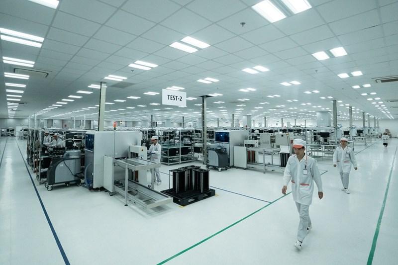 Toàn bộ nhà máy được thiết kế và thi công theo tiêu chuẩn quốc tế IPC-A-610 dành cho các nhà máy sản xuất sản phẩm điện tử.