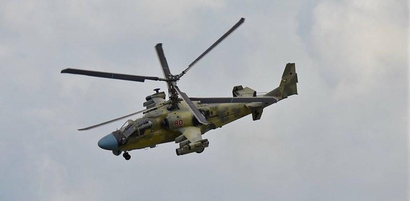 Để tăng cường năng lực cho chiếc Mistral cũng như lực lượng yểm trợ hỏa lực đường không, vào năm 2015 Cairo đã đặt mua từ Nga 46 trực thăng tấn công Ka-52 Alligator.