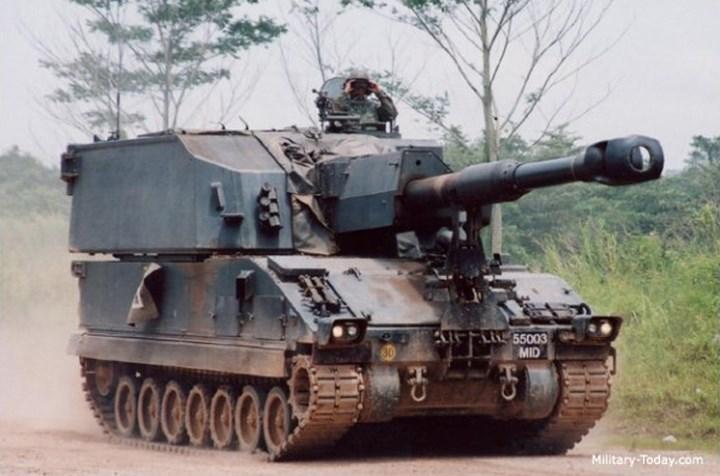 Ngoài ra nó còn được trang bị súng máy 7.62mm GPMG. Ảnh: Military-Today.