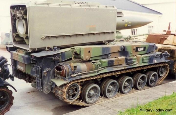 Hệ thống tên lửa Pluton sử dụng động cơ HS-110 công suất 720 mã lực. Ảnh: Military-Today.