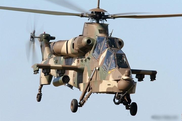 Máy bay trực thăng Denel AH-2 Rooivalk là một loại trực thăng tấn công do Nam Phi phát triển.