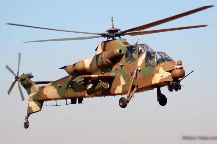 AH-2 Rooivalk được vũ trang bằng một pháo 20mm gắn ở mũi.