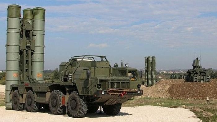 Diễn biến trên cho thấy khả năng rất cao là nhóm chuyên gia quân sự Nga đã hoàn thành quá trình huấn luyện kíp trắc thủ S-300PM Syria cho nên họ về nước khi không còn vai trò ở đó.
