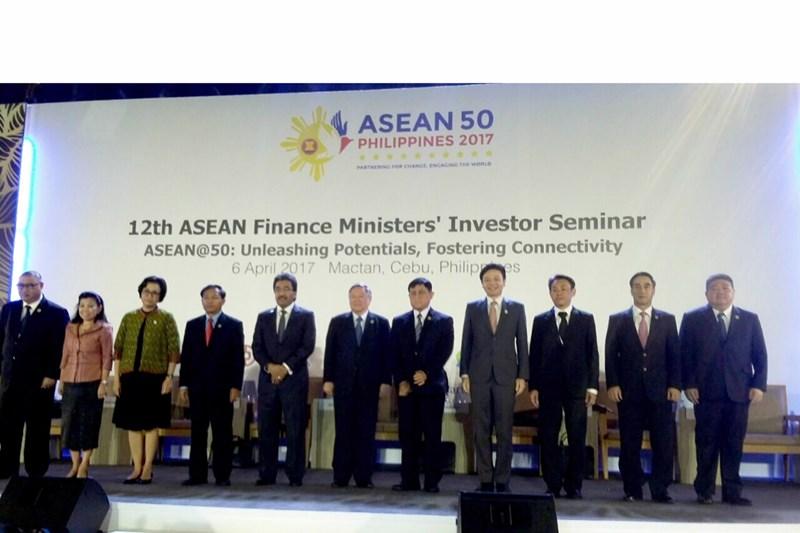 Lãnh đạo Bộ Tài chính các nước thành viên tham dự Hội nghị. Nguồn: internet.