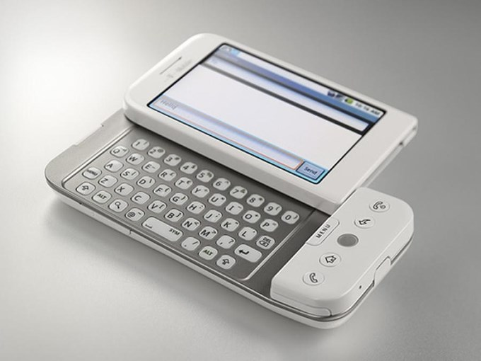 T-Mobile G1 - HTC Dream (2008)