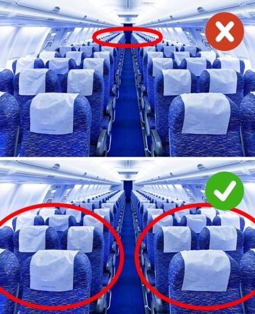 Khi có dấu hiệu ốm, bạn không nên ngồi ghế ở phía cuối máy bay cũng như các phương tiện giao thông khác. Để tránh cảm giác khó chịu, bạn nên chọn ghế phía trước hoặc gần cánh máy bay. Một ngày trước khi bay cũng là thời điểm nhạy cảm, bạn chú ý về đồ ăn không nên là đồ chiên xào, quá nhiều chất béo, không uống đồ có cồn.