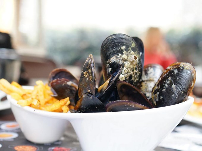 Moules Frites, Bỉ