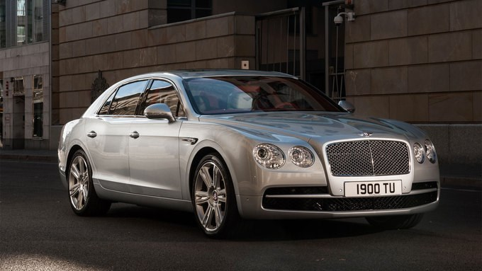 Bentley Flying Spur 190.000 USD - 257 chiếc