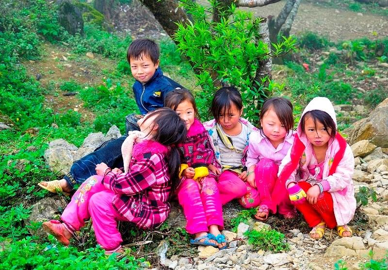 Những gương mặt trẻ thơ hồn nhiên, đáng yêu ở Mộc Châu.