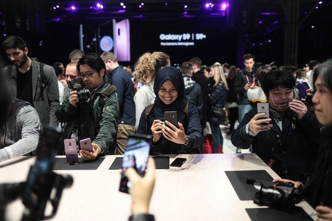 Tại MWC năm nay, Samsung là hãng được chú ý nhất khi trình làng mẫu điện thoại Galaxy S9 và Galaxy S9+ tại sự kiện Unpacked.