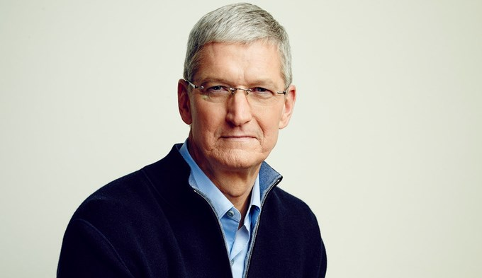 8. Tim Cook CEO của Apple.