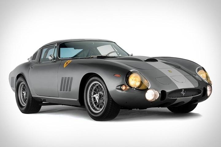8. Ferrari 275 GTB/C Speciale: Là chiếc Ferrari rẻ nhất trong danh sách và là một trong ba chiếc GTB/C Speciale từng được sản xuất. Giá bán của xe tại một phiên đấu giá là 22.888.469 triệu USD.