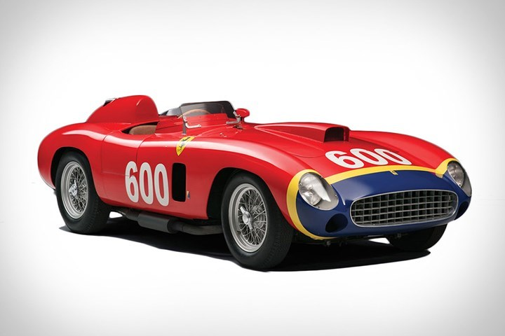4. Ferrari 290 MM: Là một trong những chiếc xe đạt nhiều thành tích nhất trong gia đình xe đua Ferrari, một chiếc 290 MM đã được đấu giá với mức giá 26.381.648 triệu USD.