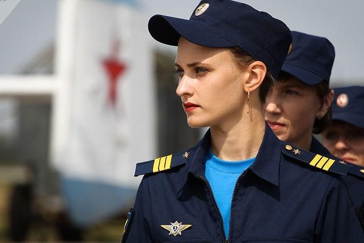 Nhân viên của trung đoàn không quân thuộc Quân khu Đông Nam, Nga.