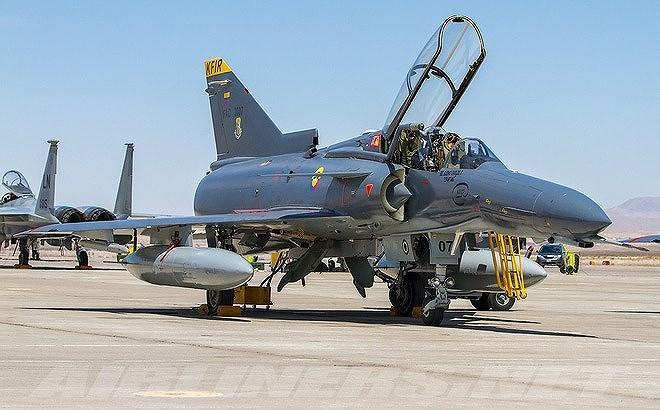 Kfir (Sư tử non) là loại máy bay tiêm kích đánh chặn hoạt động trong mọi điều kiện thời tiết do Israel nghiên cứu chế tạo từ cuối những năm 1960 dựa trên nguyên mẫu Mirage-5 của Pháp.
