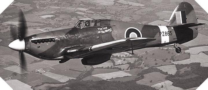 Hawker Hurricane là máy bay tiêm kích một chỗ ngồi của Anh và là một trong những chiếc tiêm kích chiến đấu lớn nhất trong Thế chiến thứ 2. Nó có thể đạt tốc độ tối đa khoảng gần 550 km/giờ. Hơn 14.583 chiếc Hurricane đã được sản xuất, bao gồm cả phiên bản Sea Hurricane sau này. Đặc biệt, Hawker Hurricane đã đóng góp vào hơn 60% các trận thắng trên không của Không quân Hoàng gia Anh chống lại phát xít Đức trong Trận chiến nước Anh năm 1940.