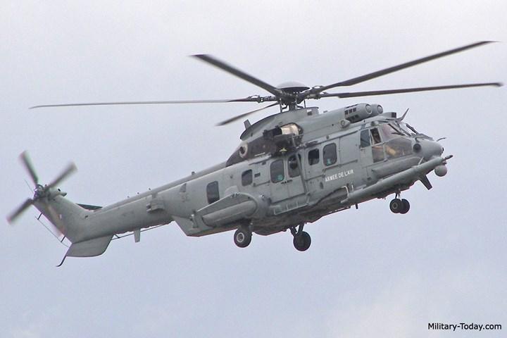 EC 725 có thể được sử dụng không chỉ để tìm kiếm và cứu nạn mà cho mục đích vận chuyển hàng hóa, vận chuyển lực lượng đặc nhiệm, hoặc sơ tán người bị thương. Ảnh: Military-Today.