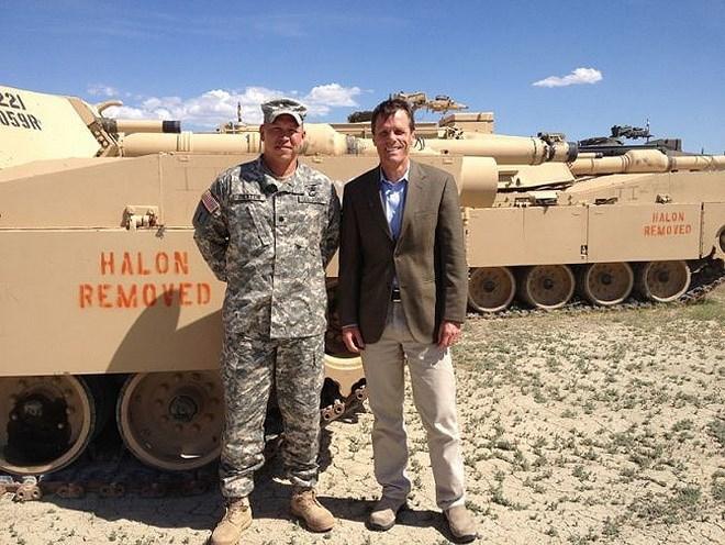 Chịu trách nhiệm đảm bảo an ninh cho căn cứ Sierra Army Depot là đơn vị Quân cảnh số 980 trực thuộc Bộ tư lệnh Quân trang Lục quân Hoa Kỳ (United States Army Materiel Command).