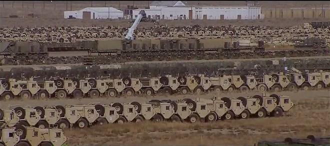 Nhưng với chính sách tăng cường sức mạnh quân sự được Tổng thống Donald Trump đưa ra, thời gian gần đây rất nhiều xe tăng, xe thiết giáp đã được