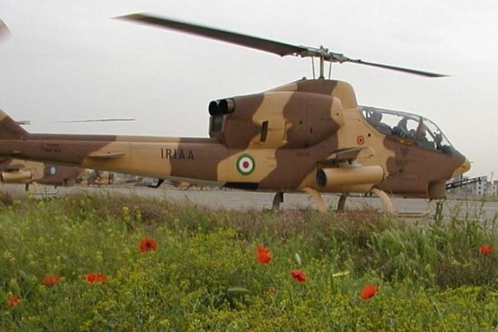 Máy bay có tốc độ tối đa là 277km/h, với trần bay 3,53km, tầm bay 574km (trong ảnh là một máy bay AH-1 có lẽ nằm trong quân đội Iran).